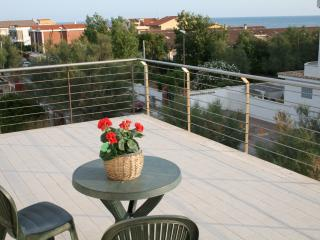 Nice Townhouse with Internet Access and Television - Focene vacation rentals