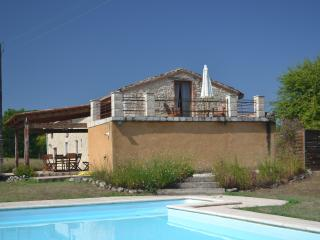 Les Cardayres,  stone farmhouse with private pool - Monbazillac vacation rentals