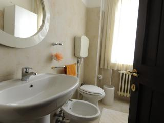 2 bedroom Apartment with Television in Dozza - Dozza vacation rentals