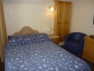 Holly-Lets Self Catering - Apart' 3 - Paignton vacation rentals
