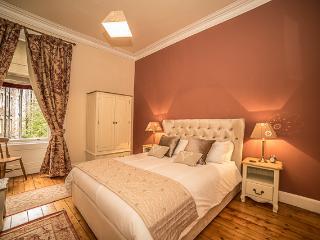 Marchmont Apartment - Edinburgh vacation rentals