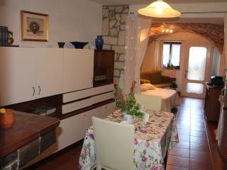 Cozy Apartment with Internet Access and Satellite Or Cable TV in Cuglieri - Cuglieri vacation rentals