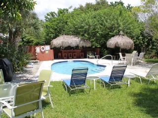 Beach Place - Stay on Siesta. Siesta Key Cottages - Siesta Key vacation rentals