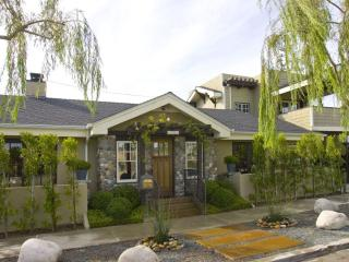 Gorgeous Central Custom Craftsman,5 Mins To Balboa - Pacific Beach vacation rentals