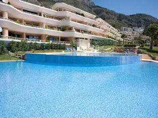 Comfortable Condo with Internet Access and A/C - Altea la Vella vacation rentals