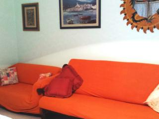 Bright 2 bedroom House in Calasetta with Deck - Calasetta vacation rentals