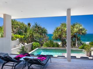 BEACH HOUSE NOOSA - Luxury Vacation Rental - Noosa vacation rentals