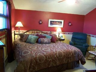 King Bedroom, Private Bathroom,  Hot Brkfst for 2 - Del Norte vacation rentals