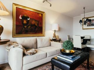 S2 Ellegant , comfortable , up to 6 ,3BD ,2BTH - Santiago vacation rentals