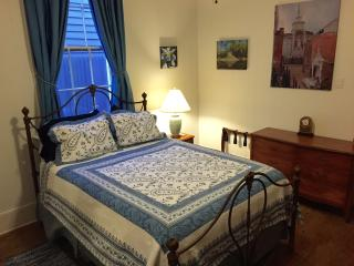 Suite Sanctuary (8 Blocks from French Quarter) - New Orleans vacation rentals