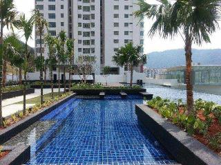 3 bedroom Apartment with A/C in Air Itam - Air Itam vacation rentals