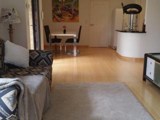 Nice 1 bedroom Condo in Mullaloo with Internet Access - Mullaloo vacation rentals