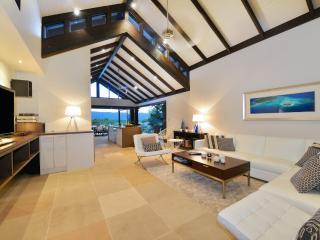 Hapuka Port Douglas Luxury Villa - Port Douglas vacation rentals
