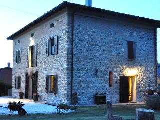 2 bedroom Bed and Breakfast with Internet Access in Monte San Pietro - Monte San Pietro vacation rentals