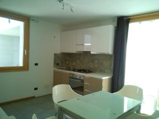 Nice Townhouse with Deck and Internet Access - Olbia vacation rentals
