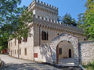 Spacious Cagli vacation Castle with Internet Access - Cagli vacation rentals