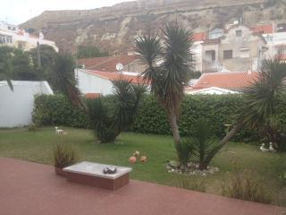 Apartment in Costa de Caparica just 15 min from Li - Costa da Caparica vacation rentals