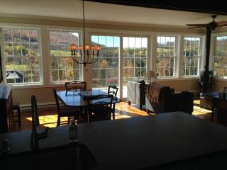 Charming Catskill Mountain Cottage With Views! - Hobart vacation rentals