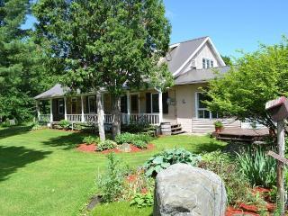 Luxury Stone Farmhouse near Montreal & Malone NY - Huntingdon vacation rentals