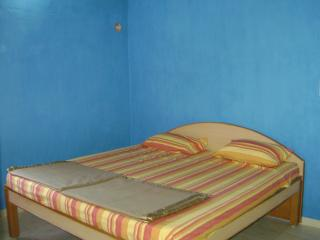 3 bedroom Cottage with Washing Machine in Valparai - Valparai vacation rentals