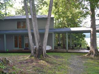 Beautiful Cottage with Deck and Internet Access - Greensboro vacation rentals