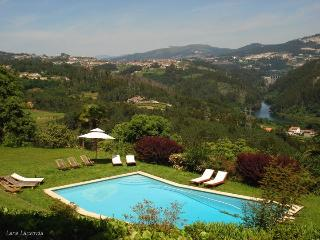 Quinta de Abol de Baixo - Casa do Penedo - Entre-os-Rios vacation rentals