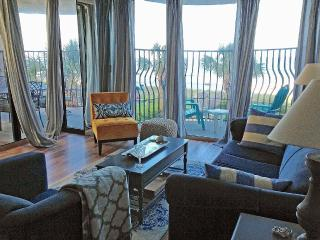 Palms - Luxury - Newly Renovated ! Oceanfront 3BR - Myrtle Beach vacation rentals