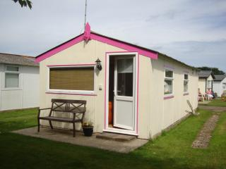 Holiday Chalet - Mundesley -North Norfolk - Mundesley vacation rentals