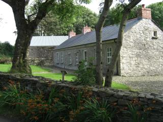 Avish Cottage 4* self-catering near Derry & golf - Derry vacation rentals