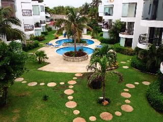 Vacation House a few steps from the beach - Cancun vacation rentals