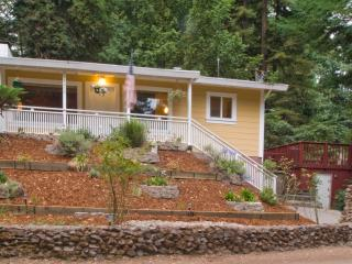 Russian River Paradise at Rio Nido - Guerneville vacation rentals