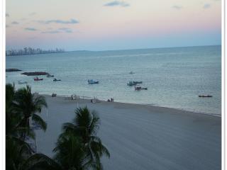 Apartamento à beira mar em Pernambuco - Jaboatao Dos Guararapes vacation rentals