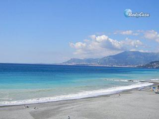 Apartment/Flat in Vallecrosia, at Mara's place - Vallecrosia vacation rentals