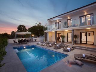 Villa Grey Soul Medulin - Medulin vacation rentals