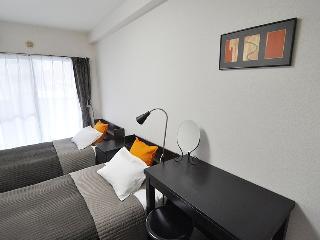 Cozy apartment on Yamanote Line - Otsuka 9-2 - Toshima vacation rentals