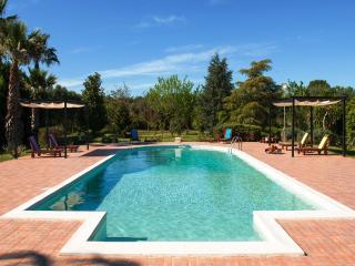 Cozy 3 bedroom Villa in Mesagne with Deck - Mesagne vacation rentals
