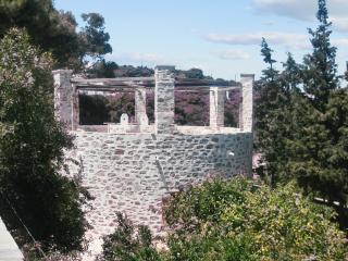 Enchanting 1-bedroom island house - Ano Syros vacation rentals