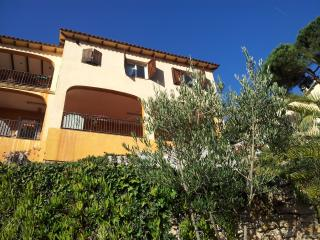 Nice 4 bedroom Lloret de Mar Villa with Internet Access - Lloret de Mar vacation rentals