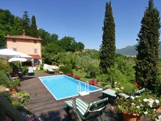 Three bedroom villa with amazing views, lovely pool and deck, within easy reach of main tourist attractions in Tuscany - Lucca vacation rentals