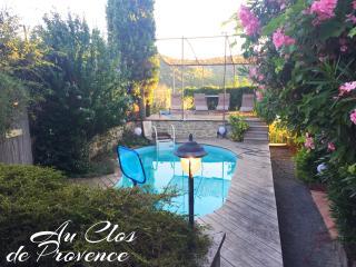 Au Clos de Provence Gites de charme Les Tilleuls - Saint-Marcellin-les-Vaison vacation rentals
