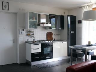 Loft con vista e giardino a Rovereto - Rovereto vacation rentals