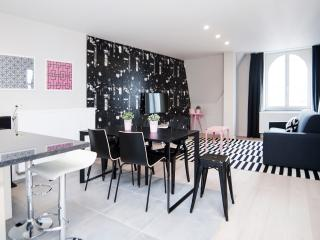 Smartflats Meir 401 - 2Bed Balcony - Meir Area - Antwerp vacation rentals