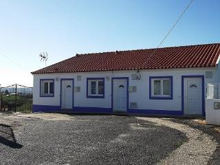 Bright Cottage in Odemira with Washing Machine, sleeps 4 - Odemira vacation rentals
