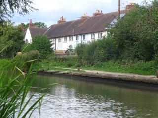 Moorhen Cottage - Stratford-upon-Avon vacation rentals