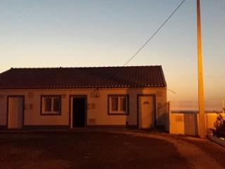 Cozy 2 bedroom Cottage in Odemira with Short Breaks Allowed - Odemira vacation rentals
