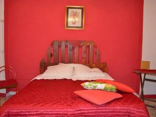 Bright 3 bedroom Apartment in Oria with Internet Access - Oria vacation rentals