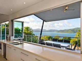 Peninsula 4 Endless Ocean View House - Hamilton Island vacation rentals