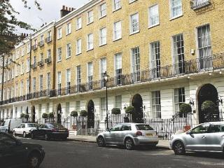 Lovely 4 bedroom apartment - London vacation rentals