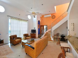 Magic 5C by Globalia, Great Penthouse, 10 Ppl, in Mamitas beach - Playa del Carmen vacation rentals