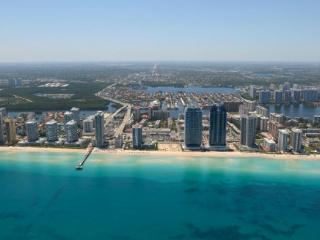 3 BDR,BEACH FRONT,SUPER LUXURY,2100SQFT,OCEANVIEW - Sunny Isles Beach vacation rentals
